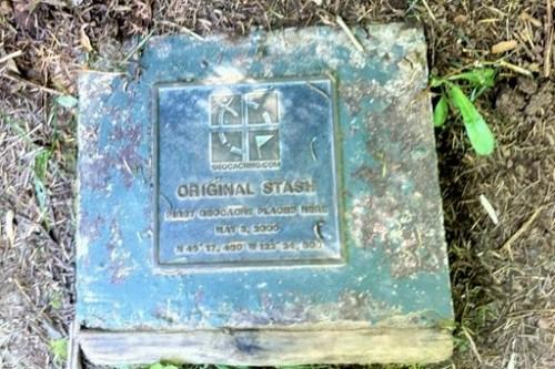 Original geocache plaque