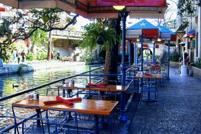 Riverwalk Restaurants