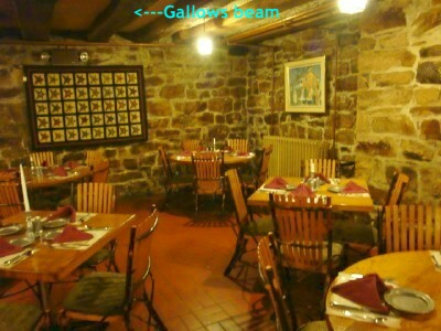 Dining room with gallows beam